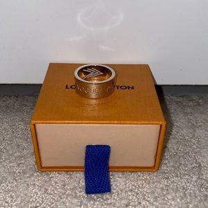 Authentic Louis Vuitton VVV Men's Ring